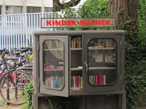 A free little library in Mainz.